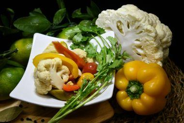 Маринованные овощи (ассорти)